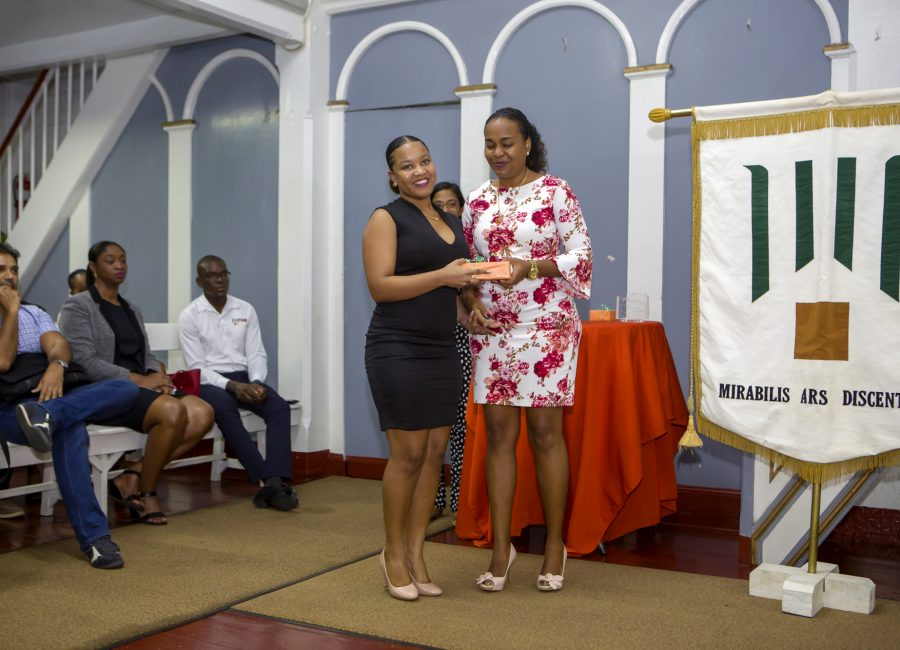 FHR student receives an award